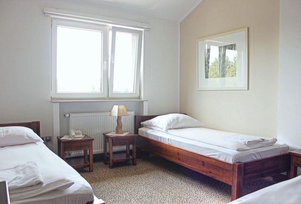 Dreibettzimmer -